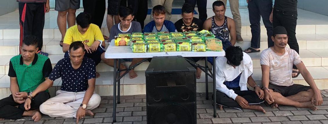 BNN Provinsi Kepulauan Riau Sita Sabu Sebanyak 25 Kilogram dari Tangan 9 Orang Tersangka.