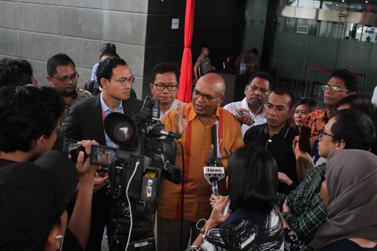 Dukung KPK Berantas Mafia Hukum, Permintaan HM Prasetyo Mencurigakan, Masyarakat Tolak Jaksa Agung Ambilalih Penanganan Kasus OTT KPK.