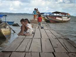Ingat, Masyarakat Pesisir dan Pulau-Pulau Kecil Punya Hak Mempraktekkan Adat Istiadatnya Dalam Pengelolaan Laut Secara Turun Temurun.