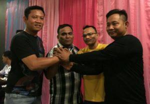 Kapolres AKBP Heribertus Ompusunggu bersama wartawan Pengurus Unit Polres Simalungun.