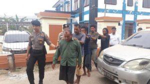 Dituduh Pelaku Karhutla Dan Polisi Asal Main Ciduk, Pendeta Manurung Mendekam di Tahanan Karena Salah Tangkap.
