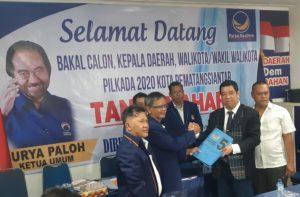 Mendaftar Lewat Partai Nasdem, Bakal Calon Walikota Alpeda Sinaga Nyatakan Siap Majukan Kota Pematangsiantar.