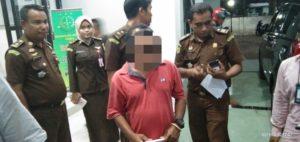 Dugaan Penyalahgunaan Dana Desa, Kepala Desa Dobo di Sikka Ditahan Jaksa.