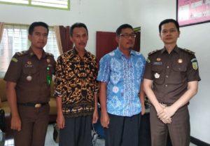 Dua Pelaku Korupsi Pengadaan 105 Unit Komputer di Pesisir Selatan Sumatera Barat Dieksekusi Jaksa.