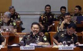 Penanganan Kasus Korupsi Tidak Transparan, Untuk Hary Tanoe dengan PT MNC Sekuritasnya Bersama Jaksa Medan; Jaksa Agung ST Burhanuddin: Hadapi Jampidsus Adi Toegarisman Saja Dulu.