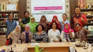 Diskriminasi Penerapan Pajak Penghasilan Pekerja Perempuan, Buruh Perempuan Temui Komnas Perempuan. Sejumlah buruh perempuan yang tergabung dalam Federasi Serikat Pekerja Metal Indonesia (FSPMI) menemui Komisi Nasional Hak Asasi Perempuan (Komnas Perempuan). Pertemuan dengan Komnas HAM dilakukan pada Jumat lalu (06/12/2019).