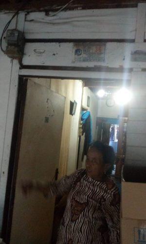 Bekerja Sebagai Buruh Cuci Gosok, Kasiyati Janda Miskin Tinggal di Kampung Belakang, RT 008 RW 03, Kelurahan Kamal, Kecamatan Kalideres, Jakarta Barat, Butuh KJS Untuk Berobat Sakit Lever.