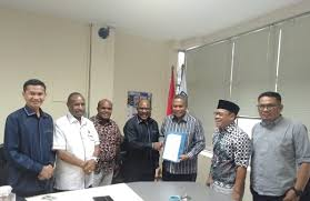 Koordinator Tim Advokat Orang Asli Papua (OAP) Sugeng Teguh Santoso: Diancam, Dipukuli, Ditodong Dengan Pistol Pada Saat Pemeriksaan, Waduh, Kok Begitu Perilaku Polisi Kepada Orang Asli Papua.