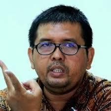 Koordinator Advokasi BPJS Watch, Timboel Siregar: Menanti Dukungan Politisi Senayan Untuk Jaminan Kesehatan Nasional Yang Lebih Baik.