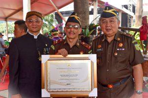 Dibubarkan Tapi Masih Dapat Penghargaan, ST Burhanuddin Mesti Dalami Motif Pemberian Penghargaan Kementerian PUPR Kepada TP4 Kejaksaan.