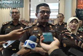 Jadi Acuan Untuk Raih WBK dan WBBM, Jaksa Se-Provinsi Riau Minta Setia Untung Arimuladi Beberkan Tips-Tips. Foto: Kepala Badan Pendidikan dan Latihan (Kabandiklat) Kejaksaan RI, Setia Untung Arimuladi ketika kunjungan kerja ke Kejaksaan Tinggi (Kejati) Riau, Jumat (21/02/2020). (Ist).