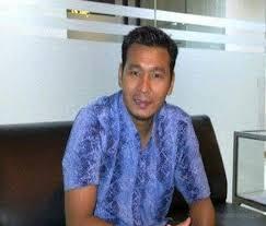 Direktur Eksekutif Lembaga Kajian Studi Masyarakat dan Negara (Laksamana) Samuel F Silaen: PDIP Sebar Daftar Calon Kepala Daerah, Maju Pilkada Serentak 2020, Dua Anggota Keluarga Jokowi Akan Diusung Moncong Putih.