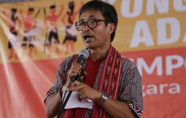 Wakil Ketua Dewan Nasional Aliansi Masyarakat Adat Nusantara (AMAN) Abdon Nababan: Akhirnya, Bupati Terbitkan Perda Masyarakat Hukum Adat Batak Toba Samosir.