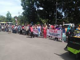 Sekuriti Bersama Para Preman dan 5 Orang Polisi Bersenjata Laras Panjang Total 70 Orang Dari PT Arta Prigel Menyerang Warga, 2 Petani Terbunuh Desa Pagar Batu, Kecamatan Pulau Pinang, Kabupaten Lahat, Sumatera Selatan.