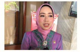 Anggota Komisi VII DPR RI Dari Fraksi PKB, Ratna Juwita Sari: Ringankan Beban Rakyat Di Tengah Wabah Virus Corona, Segera Turunkan Harga BBM.