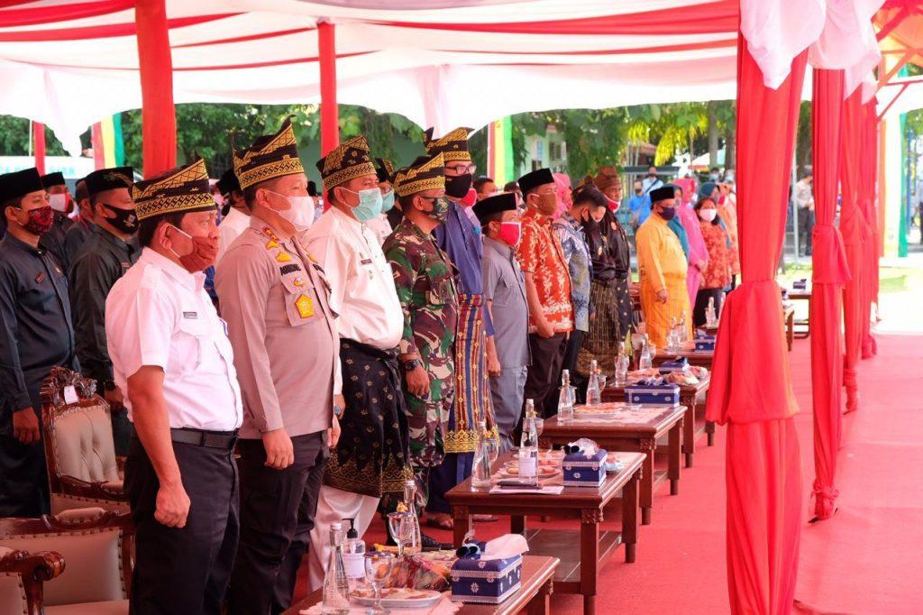 Kapolda Riau Gelar Program Jaga Kampung Di Kabupaten Siak. – Foto: Kapolda Riau Irjen Pol Agung Setia Imam Efendi menggelar Program Jaga Kampung (JPK) di Kabupaten Siak, Provinsi Riau, Jumat (26/06/2020). (Istimewa)