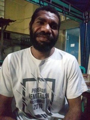 Selama Pandemi Covid-19 Pendidikan Anak-Anak Papua Terlantar, Mahasiswa Suku Bauzi Papua Protes Pemerintah Pusat. – Foto: Koordinator Keluarga Mahasiswa Bauzi Papua Jakarta, Samuel Pitawa. (Istimewa)