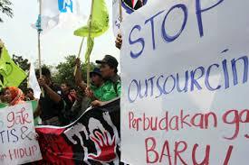 Sekjen Organisasi Pekerja Seluruh Indonesia (Sekjen Opsi) Timboel Siregar: Dirundung Pandemi Covid-19, Pajak Pencairan Dana JHT Seharusnya Dihapuskan Juga.