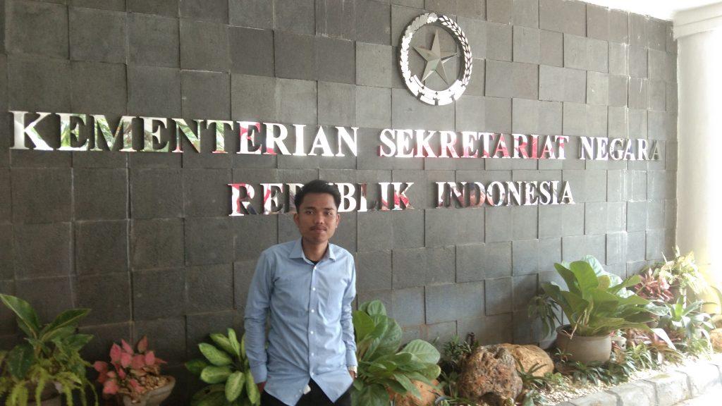 Hentikan Pembunuhan Massal Covid-19, Pak Jokowi, Segera Tunda Pilkada! – Foto: Koordinator Forum Mahasiswa Hukum Peduli Demokrasi Rakyat, Rudi Hartono Situmorang, yang juga BPC GMKI Cabang Jakarta.(Ist)
