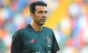 Usia Kian Lanjut, Kiper Juventus Gianluigi Buffon Mau Gantung Sepatu Tahun 2023. - Foto: Kiper Juventus, Gianluigi Buffon.(Getty Images/Alessandro Sabattini)