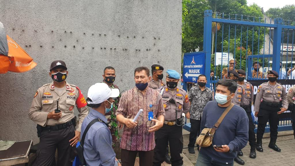 Humas DPP Partai Demokrat Menerima Perwakilan Demonstran