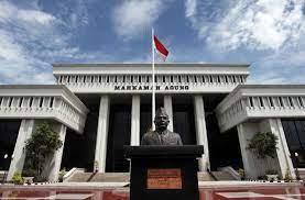 Keadilan Tak Kunjung Tiba, Ketua MA dan Presiden Jokowi, Tolong Dengarkan Keluhan Pencari Keadilan. - Foto: Gedung Mahkamah Agung Republik Indonesia (MA).(Net)