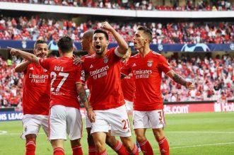 Hasil Liga Champions 2021-2022, Benfica Vs PSV Eindhoven, Skor 2-1, Tuan Rumah Libas Tamu di Kandang. - Foto: Benfica libas PSV di kualifikasi Liga Champions 2021/2022.(Twitter/slbenfica)