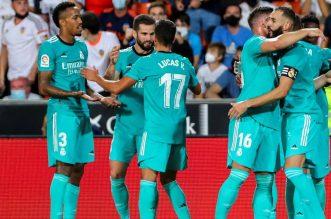 Liga Spanyol, Real Madrid Vs Mallorca, Los Blancos Akan Kembali Tajamkan Tajinya. - Foto: Real Madrid meraih kemenangan 2-1 atas Valencia pada laga pekan kelima La Liga, di Estadio Mestalla, pada Senin 20 September 2021 dini hari WIB.(AP Photo/Alberto Saiz)